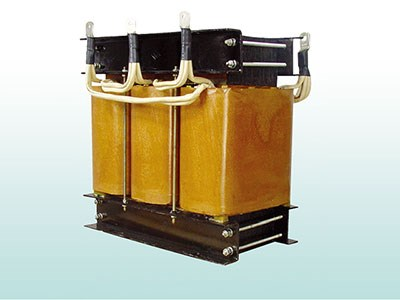 Single three-phase Isolating Transformer